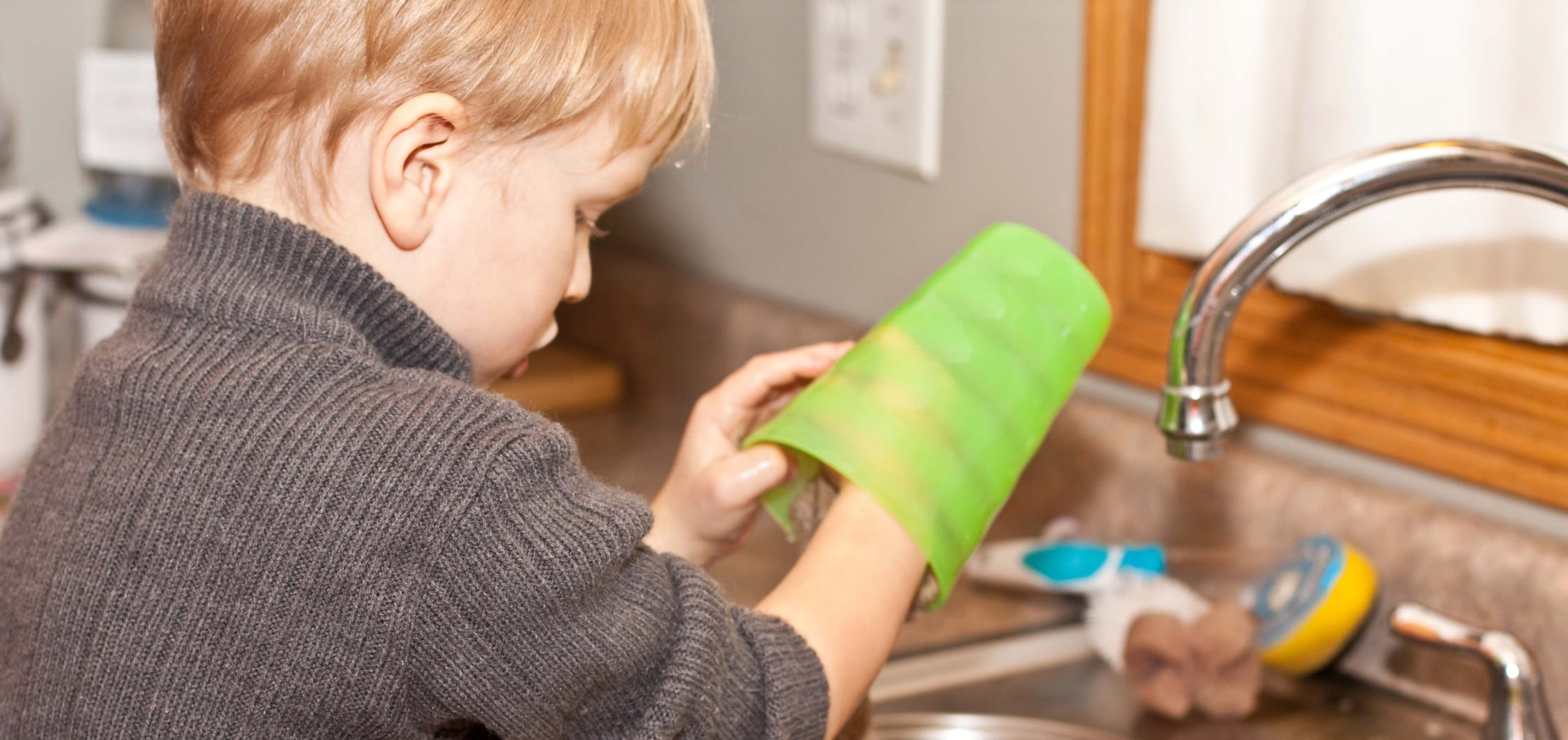 Chores for Kids – 19 Tips to Help You Get Started