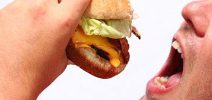 Are Your Boys Big Eaters? Here are 6 Healthy Ways to Curb Appetites