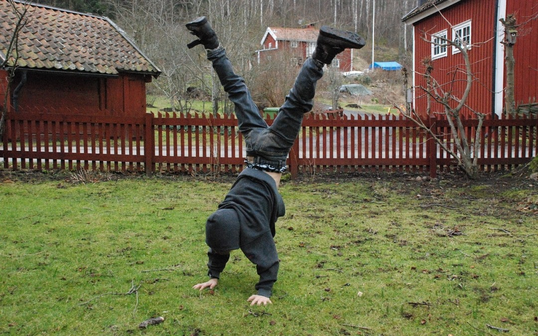 14 Benefits of Homeschooling Outdoors